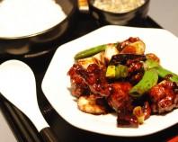 鶏肉のウマカラ味噌炒め定食